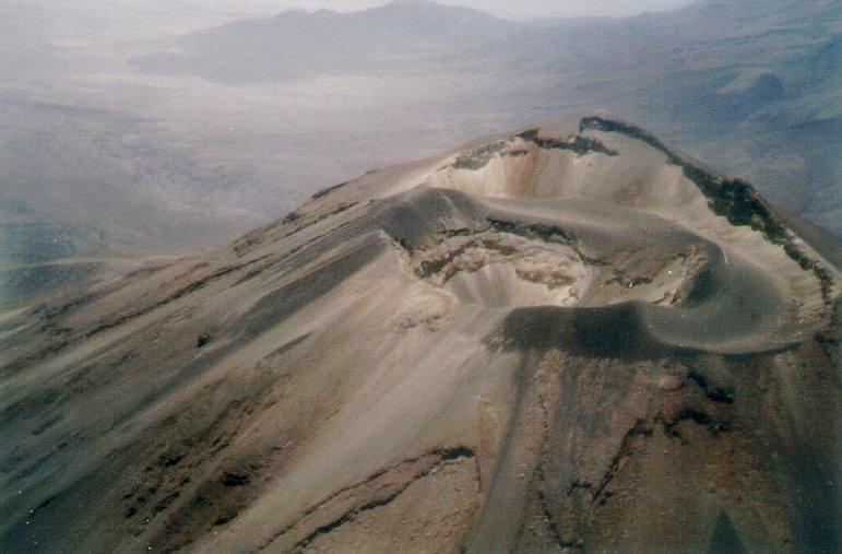 Fotografia gentilmente ceidida à VULCANOtícias pelo Geol. e Prof. Pedro Viero (UFRGS)