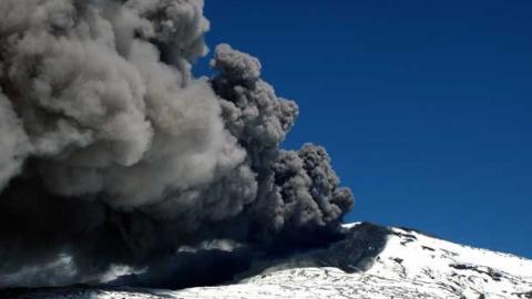 Erupções de Novembro de 2015